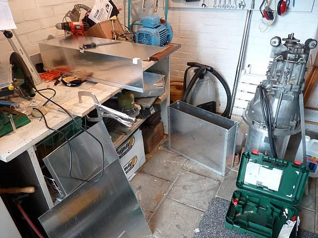 building batteryboxes1